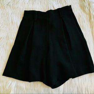 SALE 🧡 Zara trafaluc Black shorts